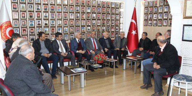 Başkan Güder, şehit aileleri ile buluştu