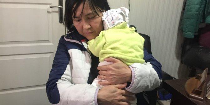 Babasının kabul etmediği bebek kimliksiz kaldı