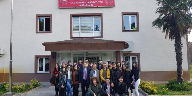 Üniversite öğrencileri İl Gıda Kontrol Laboratuvarını ziyaret etti