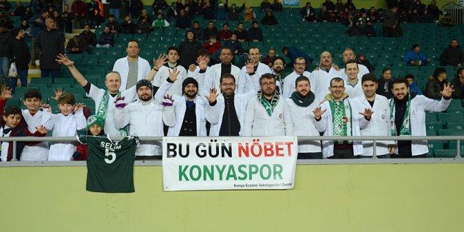 Sağlıkçılardan Konyaspor'a destek
