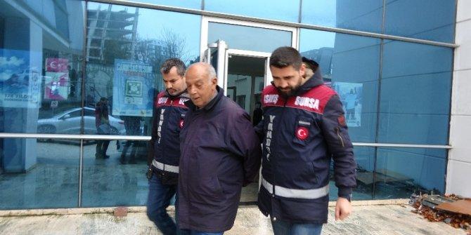 """""""Çakma yeğen"""" Bursa polisinden kaçamadı"""