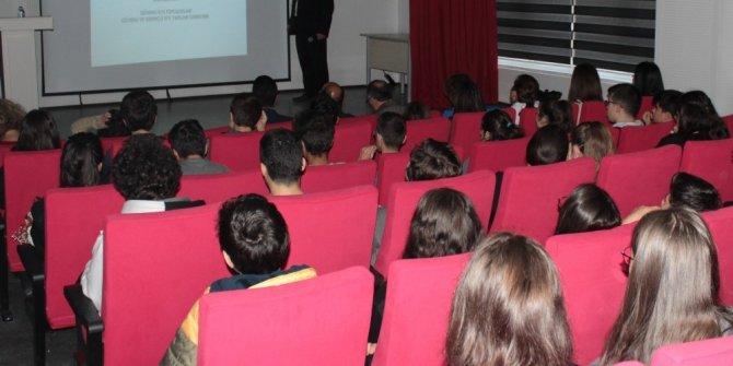 Hamaguchi Ödüllü Prof. Yalçıner, lise öğrencilerine seminer verdi
