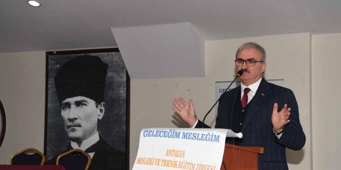 """Vali Karaloğlu: """"Mesleki eğitim çok acil memleket meselesi haline geldi"""""""