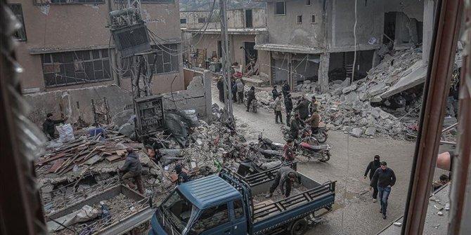 Rusya'nın İdlib'e saldırılarında 5'i çocuk 8 sivil hayatını kaybetti