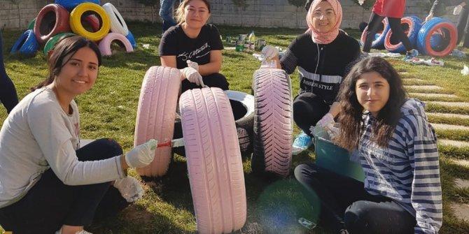 Çocuk Gelişimi öğrencileri bahçeye renk kattı