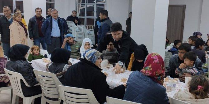 Çadırda mahsur kalan mülteciler kurtarıldı