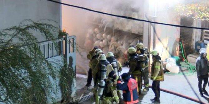 Arnavutköy'de kumaş fabrikasındaki yangın söndürüldü