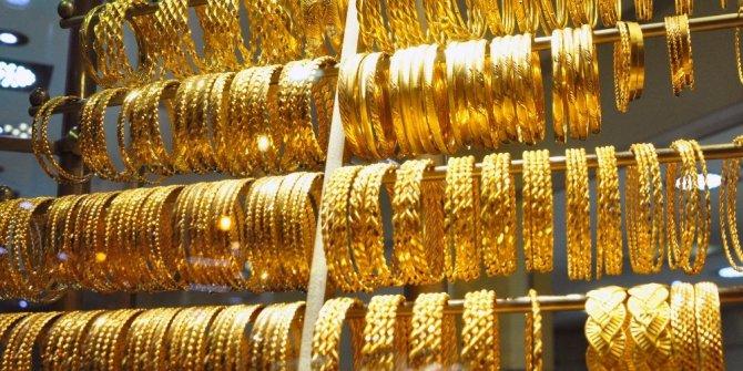 Gram altın 417 lira seviyelerinde