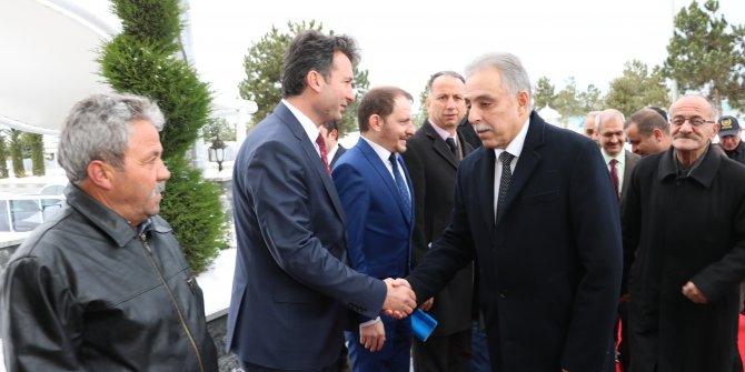 Vali Toprak, Beyşehir ve Derebucak ilçelerini ziyaret etti