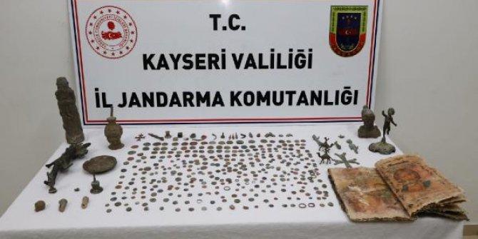 Kayseri'de tarihi eser operasyonu: 10 gözaltı