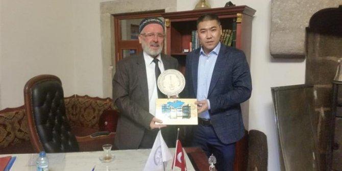 Kazakistanlı Kur'an Kursu öğreticilerinden Konya'ya ziyaret