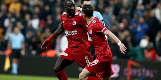 Lider Sivasspor dur durak bilmiyor
