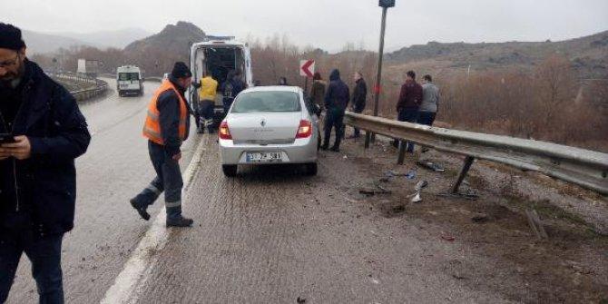 Kırıkkale'de 2 ayrı trafik kazası: 4 yaralı