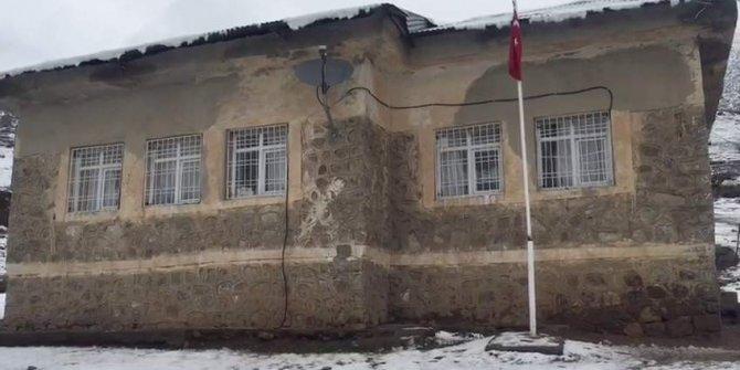 Öğretmenin, öğrencilere soba maşasıyla şiddetine 5 müfettiş görevlendirildi