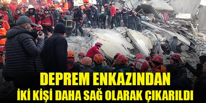Depremde yıkılan binanın enkazından bir kadın 19 saat sonra sağ çıkarıldı