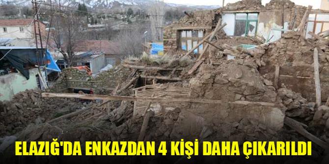 Elazığ'da enkazdan 4 kişi daha çıkarıldı