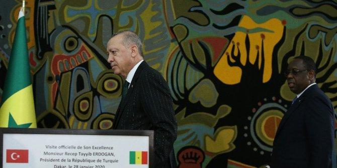 """Erdoğan: """"Onun ne Libya'da ne uluslararası camiada resmi hiçbir kimliği ve kişiliği yok"""""""