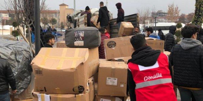 Konyaspor'un yardım araçları depremzelere ulaştı