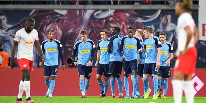 Leipzig, liderliği kaybetti