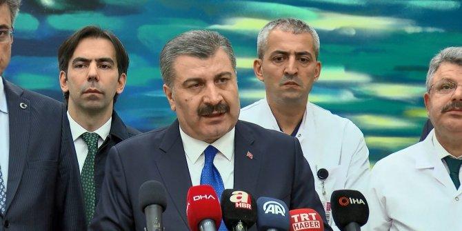 Sağlık Bakanı Koca uçak kazasında yaralananları ziyaret etti