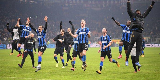 Milano derbisinde Inter'den tarihi geri dönüş