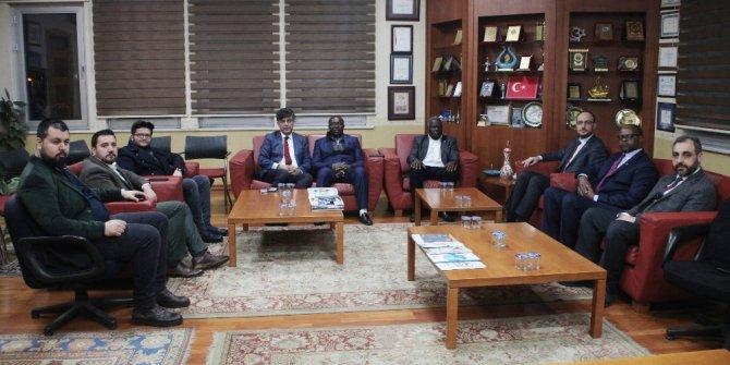 MÜSİAD Konya Zimbabve Yerel Yönetimler Bakanını ağırladı