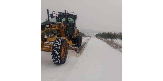 Kilis'te kar nedeniyle kapanan 20 köy yolu yeniden ulaşıma açıldı