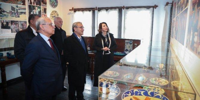 Başkan Işık, Sıtkı Olçar Müzesi'ni ziyaret etti