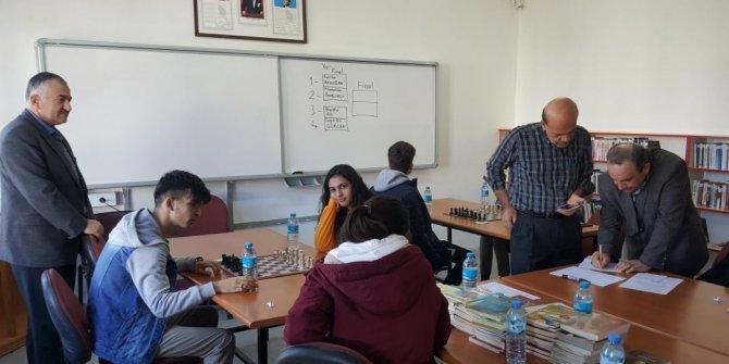 Beyşehir'de düzenlenen satranç turnuvası sona erdi
