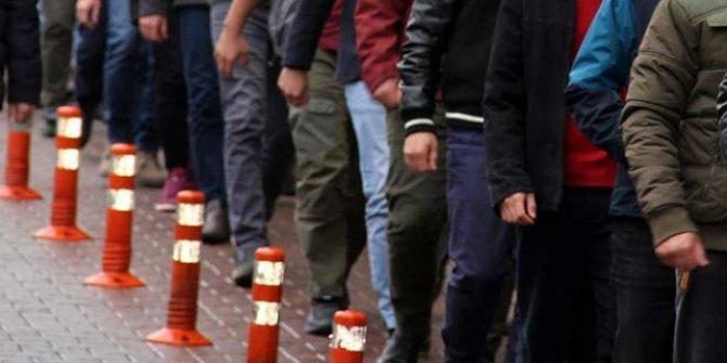 İzmir'de gaybubet evlerine operasyonda 53 kişi gözaltına alındı