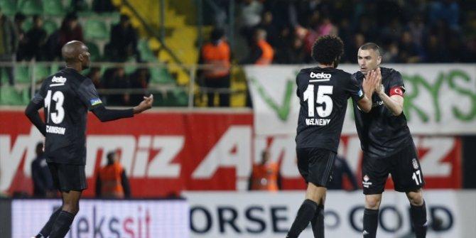 Beşiktaş ikinci yarı açıldı