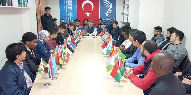 Konya'da okuyan uluslararası öğrenciler Türkiye için tek yürek!