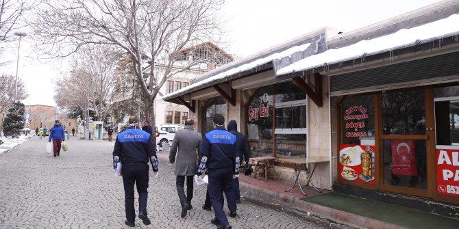 Konya'da koronavirüs tedbirleri kapsamında kapanan umuma açık mekanlar denetleniyor