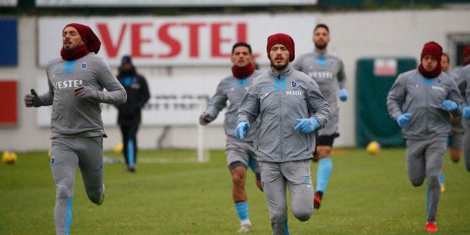 Trabzonspor, gruplar halinde sahaya iniyor