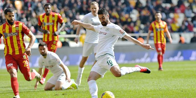 Konyaspor'da Riad Bajic seri peşinde