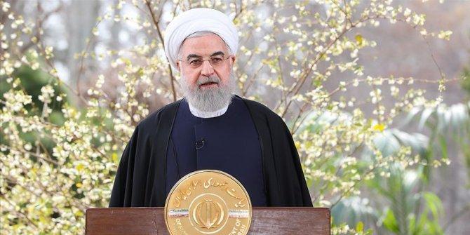 İran Cumhurbaşkanı Ruhani, koronavirüsle mücadelede yeni kararları açıkladı