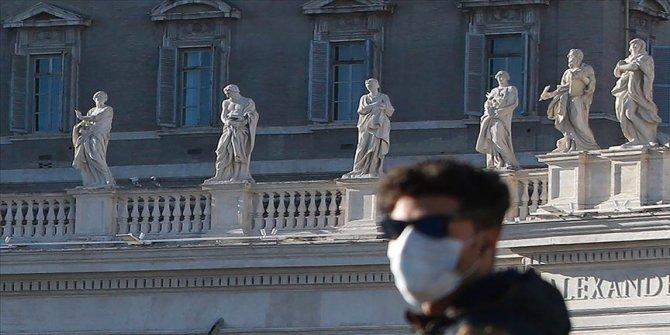 Vatikan'da bir kardinalin Kovid-19 testi pozitif çıktı