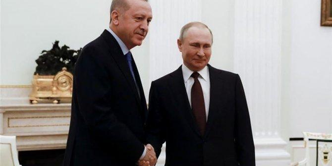Erdogan et Poutine discutent des moyens de lutte contre le Covid-19
