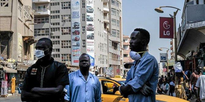 Afrika'da Kovid-19 endişesiyle alınan tedbirler sertleşiyor