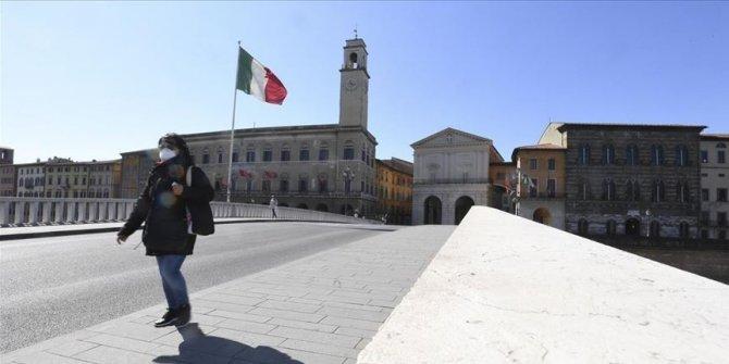 """Salgınla felç olan İtalya """"normalleşmeyi"""" umuyor"""