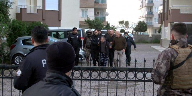 """""""Koronalıyım"""" diyerek polise tüküren kişi tutuklandı"""