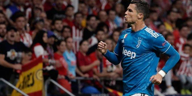 Cristiano Ronaldo, 1 milyar dolar kazanan ilk futbolcu olacak