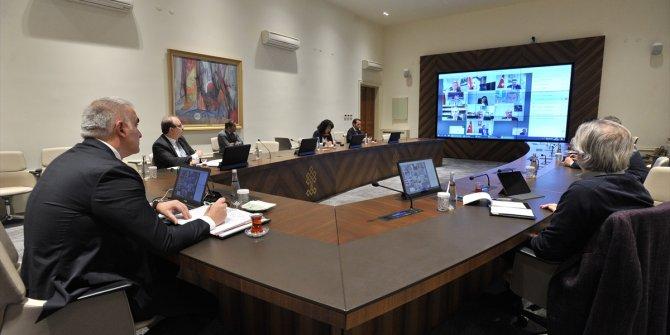 Kültür ve Turizm Bakanı Ersoy, il müdürleriyle video konferansla toplantı yaptı