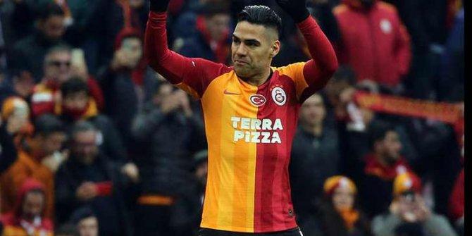 Galatasaray'dan Falcao için transfer açıklaması!