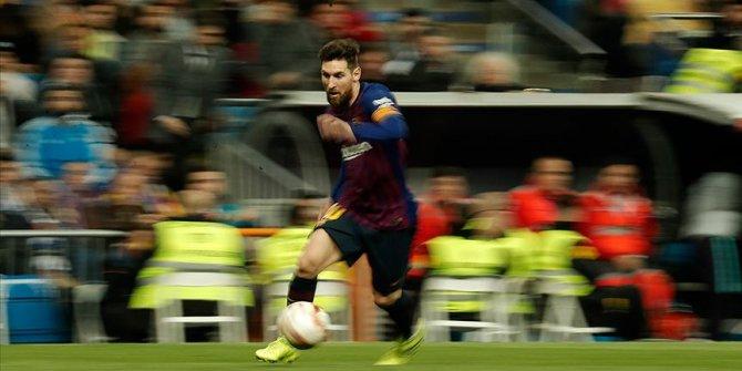 Messi transfer iddialarını yalanladı