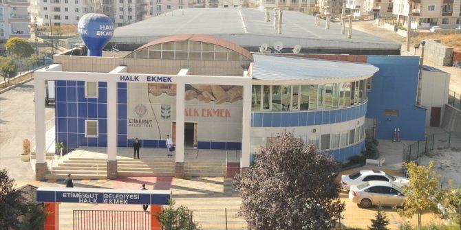 Etimesgut Belediyesi Halk Ekmek Fabrikası, 64 bin ekmek dağıttı