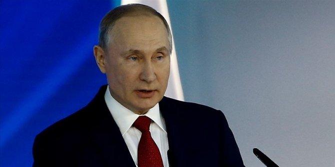 """Putin'den açıklama: """"Kovid-19'la ilgili durum kötüye gidiyor"""""""