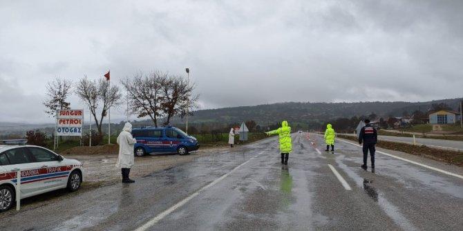 Jandarma aranan 22 kişiyi yakaladı