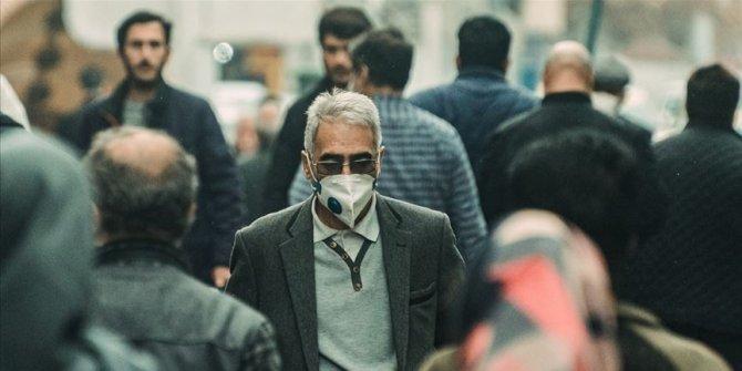 İran'da Kovid-19 kaynaklı ölümler 5 bini aştı