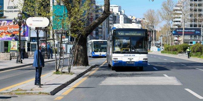 Başkentte, bazı EGO otobüs hatları, sağlık çalışanları için yeniden düzenlendi